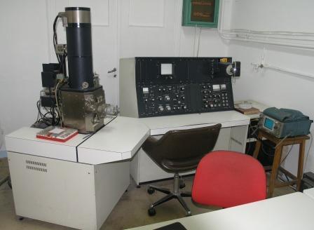 Ηλεκτρονικό Μικροσκόπιο (electron microscope) P4240536